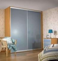 Проекти и изработка на гардероби по клиентска поръчка
